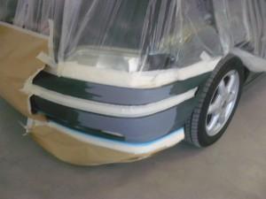 autoschade roelofs-Bumperhoekje bijspuiten